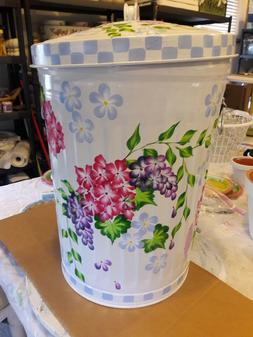 Hand Painted 30 Gallon Galvanized Trash Garbage Cans