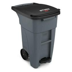 RUBBERMAID Trash Can,Free-Standing,Roll Out,32 gal., 1971944